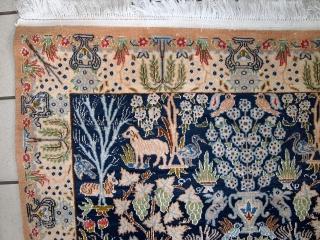 #1C498  Handmade vintage Persian Tabriz rug with silk 3.6' x 5.6' ( 109cm x 172cm ) C.1970s $2700