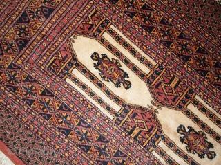 #1C232  Hand made semi-antique Turkoman rug 2.8' x 4' ( 87cm x 123cm ) C.1950s