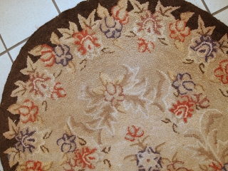 #1C32  Hand made antique American Hooked rug 2,8' x 4,3' ( 83cm x 131cm ) 1930s