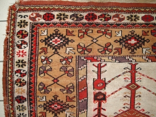 #1C316  Handmade antique prayer Turkish Melas rug 4' x 6.3' ( 123cm x 192cm) 1920.C