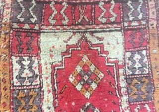 Anatolian cal small prayer rug, 19th century. nice pile small damage  102 x 78 cm