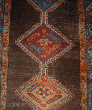 Antique north west persian runner. Heriz/bakshaiesh area. Good condition and decorative colours. One aniline orange colour hence the price..170 x 106cm.