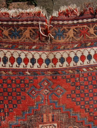 Early Afshar tribal rug. South Persia. Possibly third 1/4 19th century. 174 x 122cm.