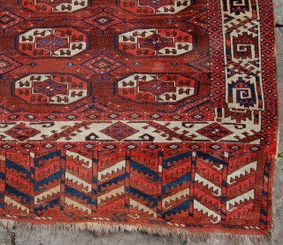 Antique Yomut tauk nuska gul main carpet. 19th.c. Perhaps the first half. Interesting secondary gul and good drawing. Small spots of wear in the abrashed top half of the field otherwise very  ...
