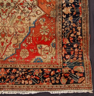A fancy old school motashem kashan rug. 183 x 122cm.