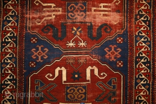 Chondoresk 'Cloudband' kazak rug, early 20th century, 190x110 cm, unique cloudband design with stylized dragons. more pieces: http://rugrabbit.com/profile/5160