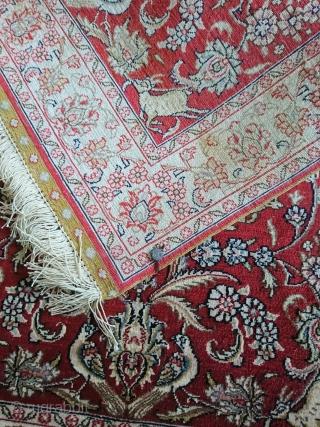 hereke   63x93cm  silk