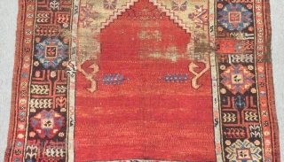 Antique Central Anatolian Karaman Prayer Rug Size.128x105cm