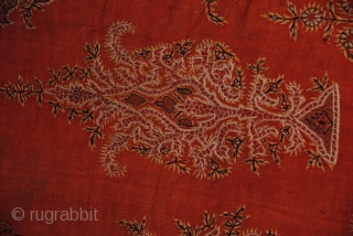 Exceptional Kirmal Emrboidery, in Good condition, Wool and wool embroidery, size is 230/180