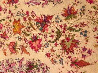 19th century, Dorokha shawl...... Exceptional pattern, rare white color, very fine embroidery.....