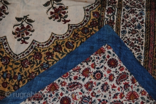 Beautiful Old Persian Kalamkar in very good condition, very nice colors, the size is 130/90 cms.