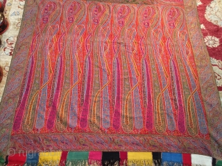 Very fine Indian Kani shawl, exceptional condition, beautiful colors, rare design.....