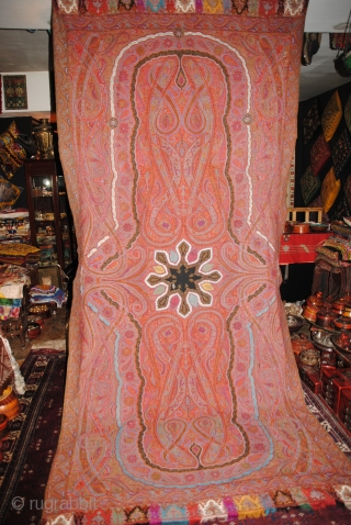 Exceptional INdian Hand embroidered Pieced shawl in great condition, apart few very small hole, Rare four season center and very fresh colours, The embroidery is very fine, long size more than 3  ...
