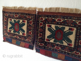 Pair of Afshar bagfaces around 1920h * very nice colours * excellent condition  Size: each 38 x 33 cm