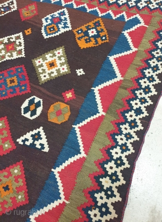 Authentic Qashqai kilim  Condition is excellent,  selvedges are twisted perfectly. Fringes are bundled  Wool foundation  dimension 242*145 cm