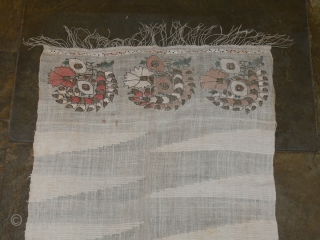 Ref 1338  Turkish embroidered scarf. 3'7 x 1'6 - 110 x 49. Nineteenth century.