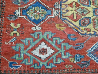 Ref 1517 Antique Soumak carpet. 9'7 x 6'9 - 296 x 202.  Good condition only small restorations. All natural dyes.