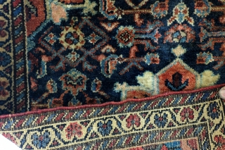 Fine old Sarough, 80 years, 70 x 80 Cm. 2.3 ft. x 2.6 ft. 