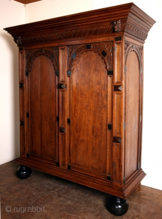 Utrechtse Poortkast - Dutch late 17th century. Oak and ebony. 