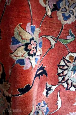 Flower Bidjar, rare, 420 x 300 Cms. 14 x 10 feet.  great condition. 2 Cms thick! 100 KG.  The warp is silk. Silk in the wool of the brick red ground.  The  ...