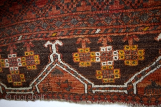 early Ensi Hatchlou, 1880 , natural colors. 200 x 165 Cms.  6.6 feet x 5.5 feet.  Interesting figures - below in the 'scurt' yurts with ram's horns and each yurt a differend  ...