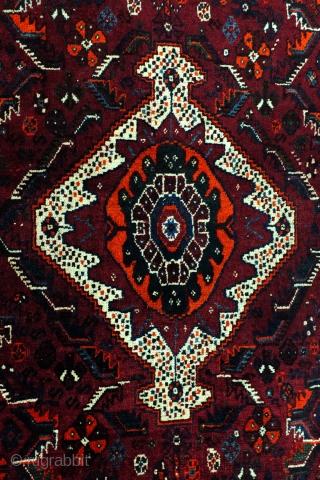 Qashqai-Kashkouli.  Authentic Tribal rug. 222 x 150 Cm.   7.4 ft. x 5 ft.  Wool on wool.