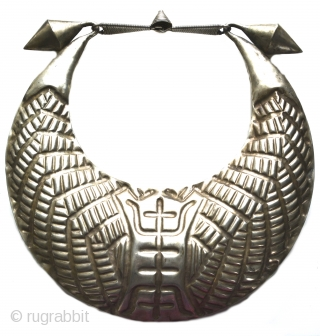 Incredible rare silver vintage Miao Hmong ceremonial collar necklace from Tibet. This necklace was used ceremonially, often for weddings and probably dates to the early 1950's. Excellent condition for its age and  ...