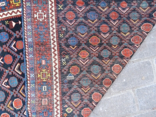 Caucassin Shirvan rug wonderful colors and very good condition all original size 2,00x1,23 cm circa 1900-1910