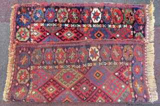 Chaff Kurd bag face wonderful colors and emazing wool it has some very small repair but if you want we can make repair with old wool and size 81x70 cm (27''x32'' inches  ...