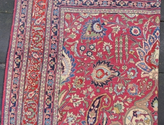 Antique Khorasan carpet wonderful colors and excellent condition all original size 3,50 x 2,30 cm  Circa 1900