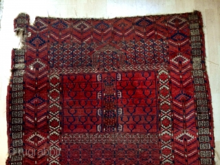 Early Tekke Ensi with a Salor red and great drawing