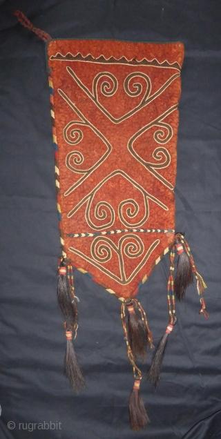 Kirgiz or Uzbek ok bash 19th cent.  35 x 67 cm + tassels.  Excellent cond.  More info or photos if you ask.
