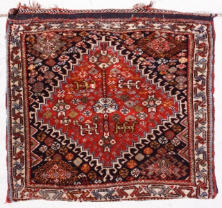 Qashqai Saddlebag face  size: 2'1 x 3'10 Saddlebag made for horses, donkeys and camels. This quashqai is made in West Iran with the most saturated colors. Big Diamond in the center  ...