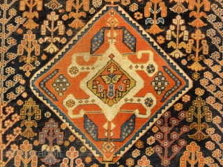 Antique Persian Qashqai 19th Century rug are beautiful and intricate, Tribal pile rugs. They get their name from Persian nomadic tribes that have lived in what is now southwest Iran for centuries.  4'5″  ...