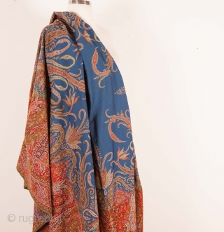 European Paisley Shawl 170 x 353 cm / 5'6'' x 11'6''