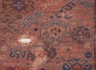 Tired Baluch Rug As found 71 x 90 cm / 2'3'' x 2'11''