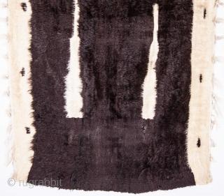 Mid Century Angora Siirt Prayer Mat 75 x 128 cm / 29 x 50 inches