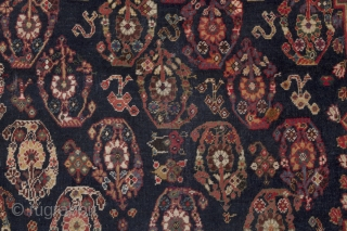 M103 Antique Qashqai 137x108cm Second Half 19th Century