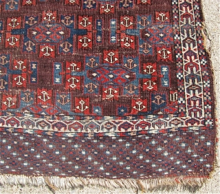"""3' 9"""" x 5' 2"""" Yomud with a rarer Kepse Gul format for the smaller Turkmen """"dowry"""" rugs.  Free Ship U.S.  3 day returns policy.  Sorry, no direct overseas  ..."""