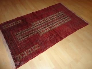 Very  fine  old  Belutch  Prayer  rug  88 X 147  cm.   camel  grund , filigran  pattern , high  quality wool  ...