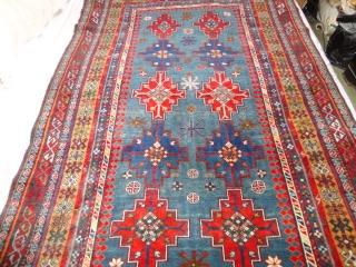 Superb  antique  Caucasien  Shirwan  rug  round 1900   110 X 177  cm    extremly  fine  woven , wonderfull  natural   ...