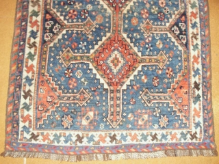Beautiful small tribal Qashqai 83 X 110 cm