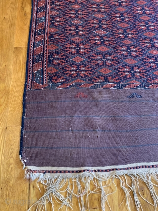 Antique Yomut Kilim (Palas). Late 19th Century. Here the weaver's fine needlework of light blue green lattice frame both the larger indigo hooked 'kochak' motifs and interconnecting madder red diamonds with varying  ...