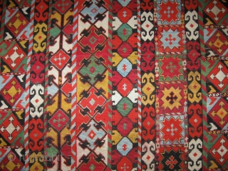 """19th Century antique Uzbek nomads Lakai piece in excellent condition, very fine cross stiched silk embroidery, size is about 56/51cm without fringes, 23"""" x 20"""""""