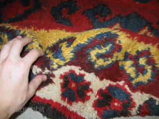 Antique Uzbek Djulkhir, bearskin, Central Asia, circa 1900, nice natural colors, the red color is run in some places, please see photos. In very good condition, 100% pile, very soft, 100% wool.  ...