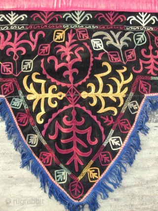 Antique Kirghiz nomads large wedding tent decoration, Central Asia, silk embroidered on black silk velvet, have nice colors. Circa 1900. In excellent condition. The fringe not so old, was added after. Size  ...