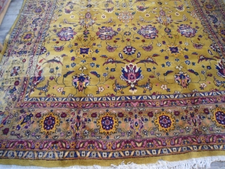 CIRCA 1920S AGRA CARPET