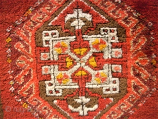anatolian Yastik, small rug. Size: 51 x 95 cm. Very good condition.