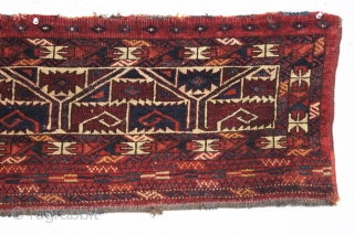 old ersari torba with an interesting design and beautiful colors. Fresh New England find. Overall good condition with medium length pile. All natural colors including fine yellow highlights. No repairs. ca. 1875.  ...