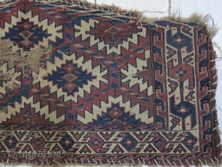 a very old Tourkmen Asmalik ( Diyahaligh ) for Baby Camel Size: 38 x 82 price:POR